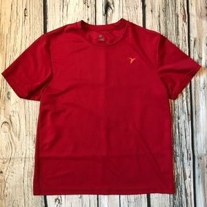 Red old navy t-shirt